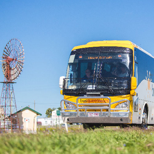Bus-Queensland-coach-travelling-to-Winton