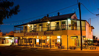 Tattersalls Hotel at night in Winton.