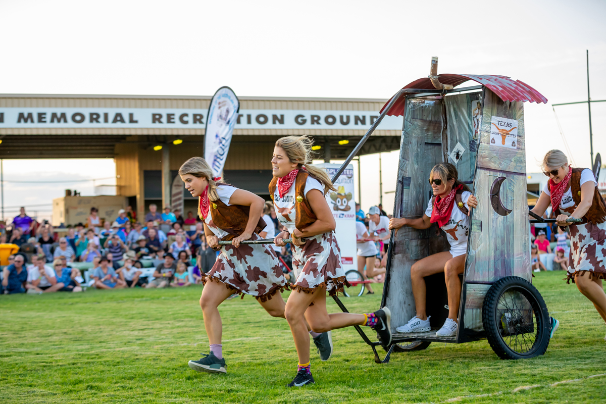dunny derby at Outback Festival